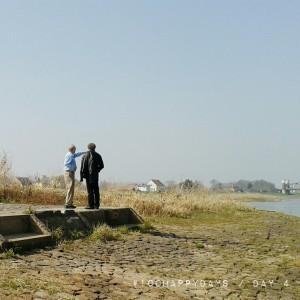 Vater und Großvater an der Elbe