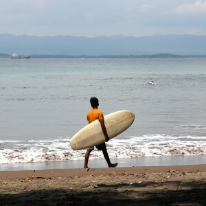 surfen batu karas indonesien java
