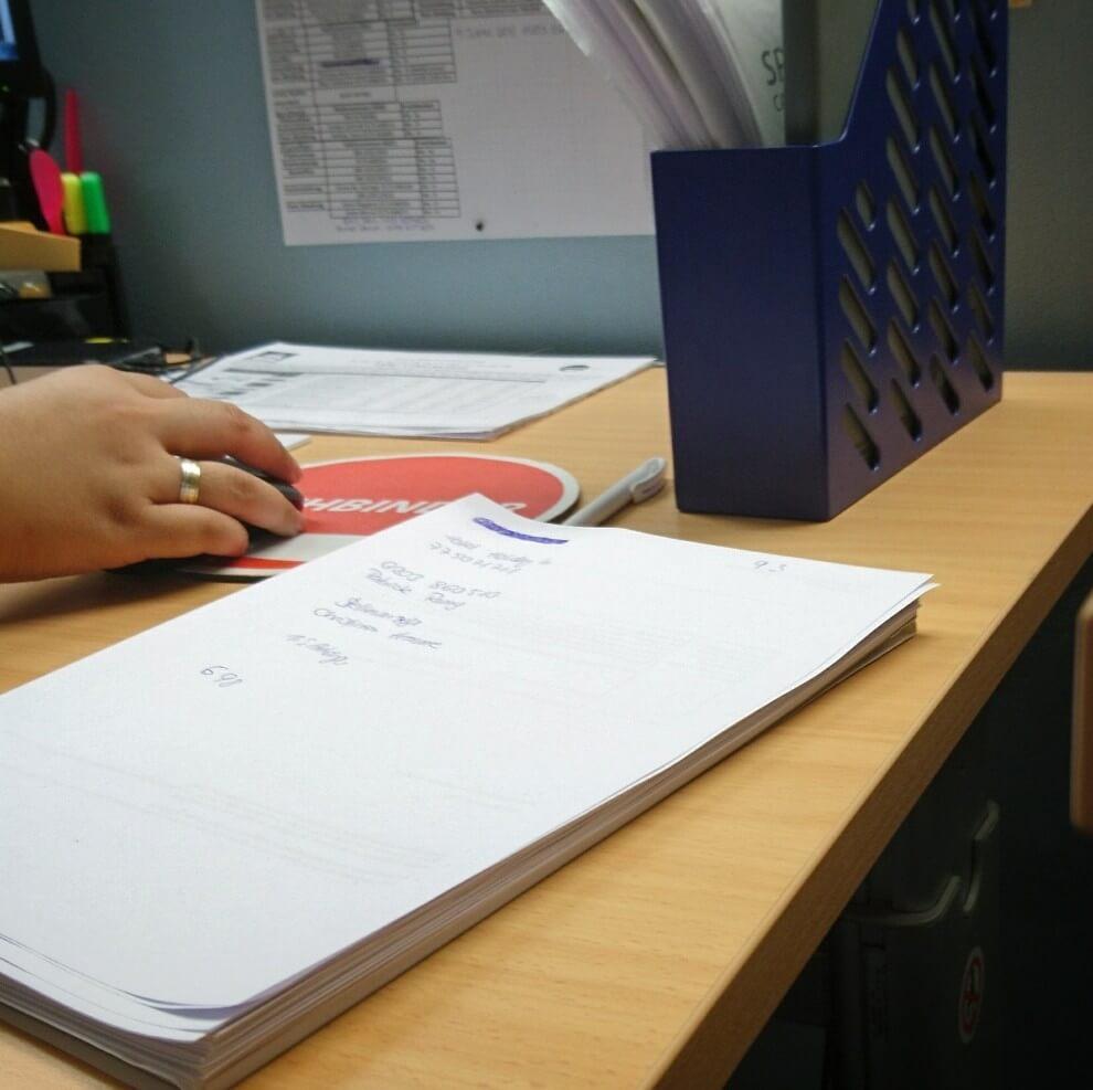 Arbeitsplatz Schreibtisch